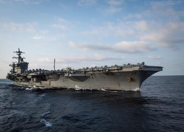 ▲▼美國海軍航空母艦「卡爾文森號」。(圖/路透社)