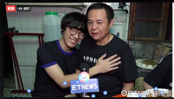 ▲盧廣仲《花甲男孩轉大人》映前獨家直播。(圖/ETNEWS)