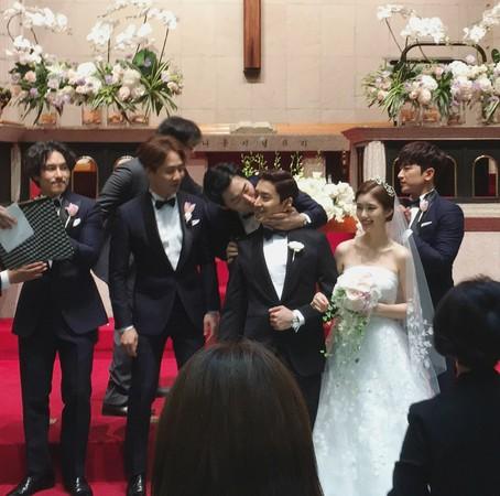▲Eric、羅惠美婚禮。(圖/取自mooniino Instagram)