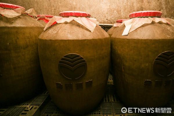 ▲金門高粱酒廠-光華園酒窖 。(圖/記者林世文攝)