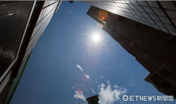 太陽,夏日,夏天,炎熱,天氣,氣溫,中暑,烈日(新logo)(圖/記者季相儒攝)