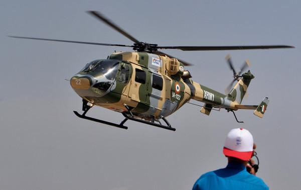 ▲印度首次部署了「北極星」先進輕型武裝直升機中隊,該中隊由10架印度斯坦航空有限公司的「北極星」武裝直升機(HAL Dhruv)組成。(圖/達志影像/美聯社)