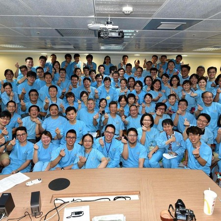 長庚醫師對管理階層不滿情緒爆發,決定集體出走。(翻攝自臉書)