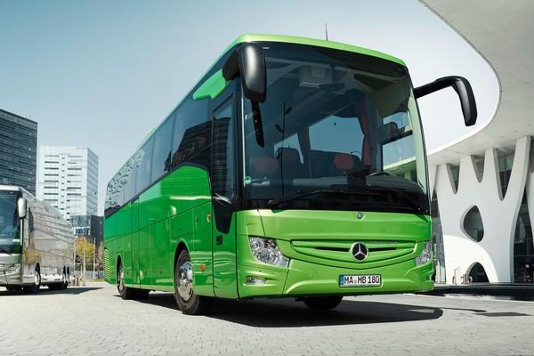 ▲不再怕誤撞人!全球首台「偵測行人、自動煞車」公車問世(圖/Daimler)