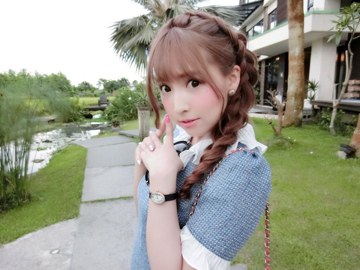 炮打前東家不手軟!三上悠亞:AKB48有一半不是處女