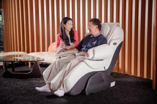 【廣編】爸爸辛苦了!INADA稻田按摩椅 釋放生活重量 (圖/嘉儀提供)