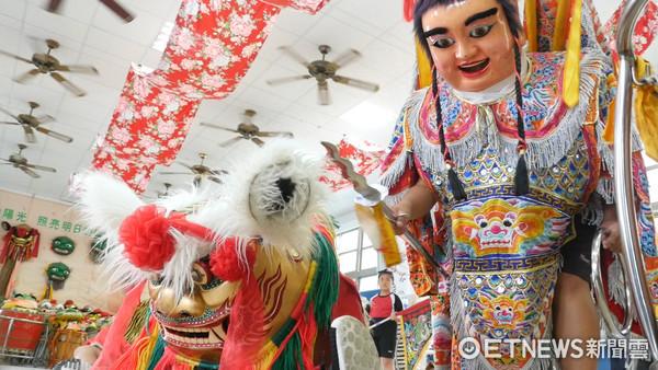 ▲愛的早餐,光華國小,舞龍舞獅,傳統藝術。(圖/記者謝婷婷攝)