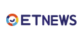 ▲女記者採訪「天體雜交營」 敬業脫光衣服「全裸訪問!」。(圖/翻攝NakedNews)