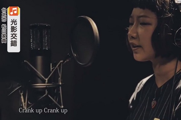 畢業歌MV截圖。(圖/翻攝自播吧畢業歌MV)