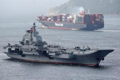解放軍1年服役20艘軍艦 海軍兵力增萬人