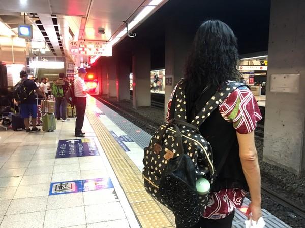 ▲▼台北車站,台鐵,火車,月台,旅行,行李,普悠瑪號,太魯閣號。(圖/記者姜國輝攝)