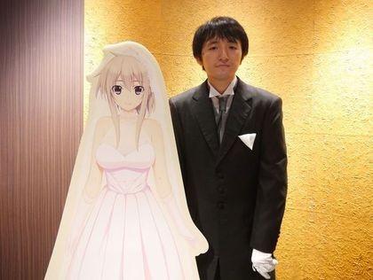 結婚典禮只新郎看的到新娘 接吻瞬間棉花糖滋味讓他好爽(翻攝自2CH)