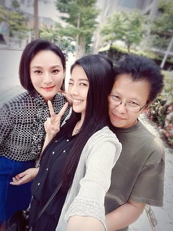 ▲▼韓瑜《一家人》同框45歲的她崩潰。(圖/翻攝自韓瑜臉書)
