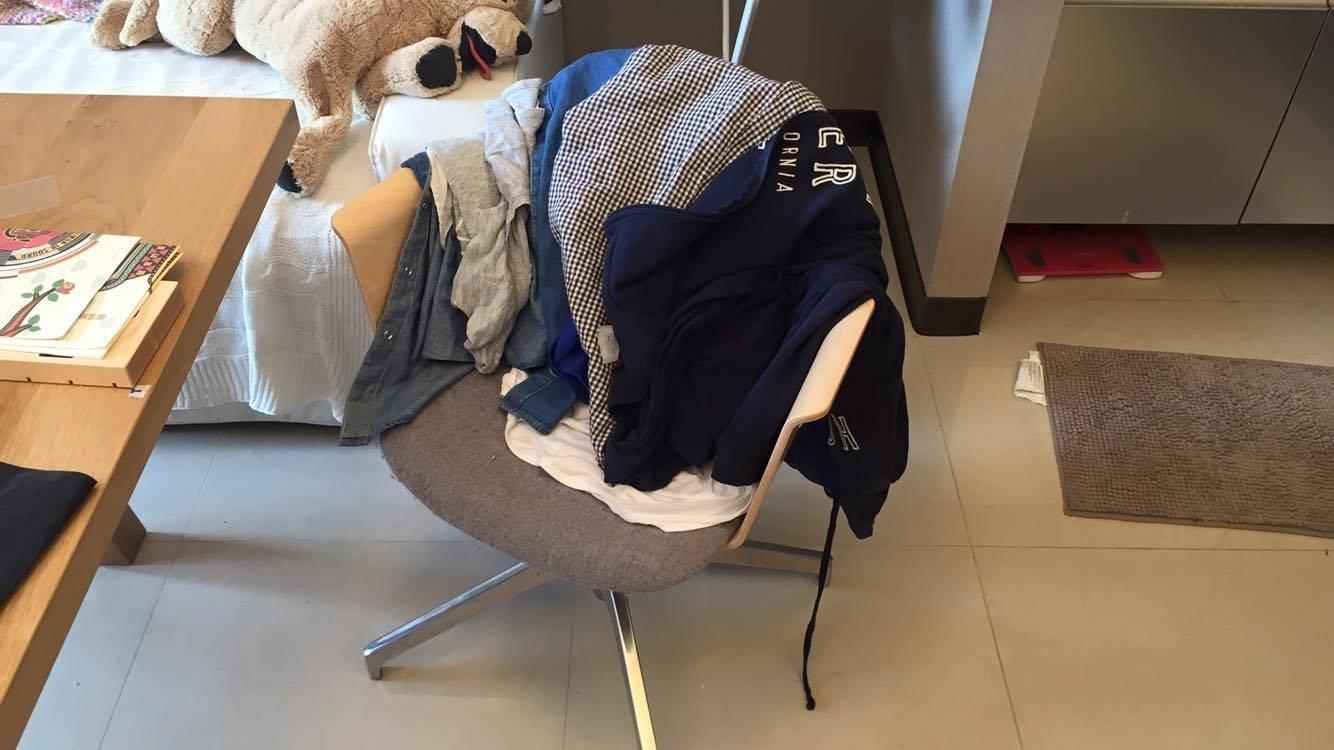 衣服,髒亂。(示意圖/記者李佳蓉攝)