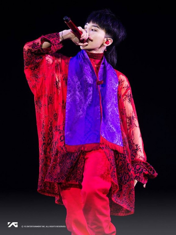 ▲卸下明星光環赤裸裸GD 《權志龍》專輯告白30歲心境(圖/翻攝自G-Dragon官方臉書)