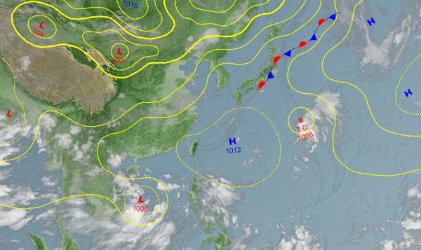 ▲南沙島海面有一低氣壓有機會增強成颱風。(圖/中央氣象局)