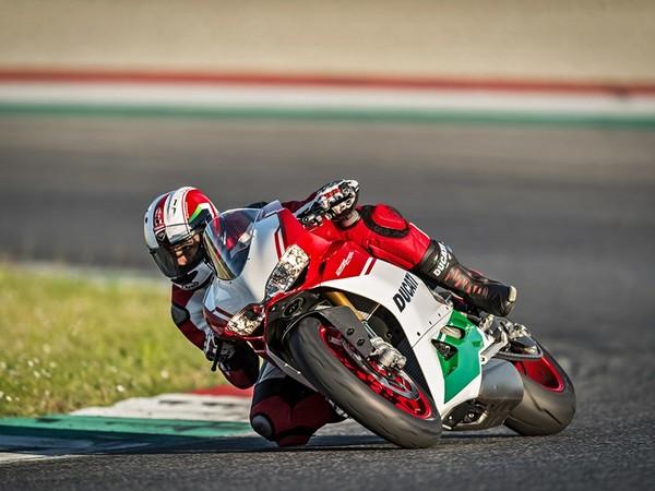 ▲限量500台的雙缸回憶!杜卡迪1299「最終版」正式亮相。(圖/翻攝自Ducati)