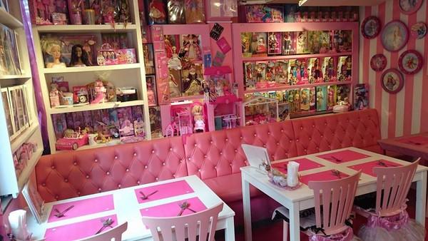 ▲日本橫濱芭比咖啡。(圖/Pink Holiday粉絲頁)