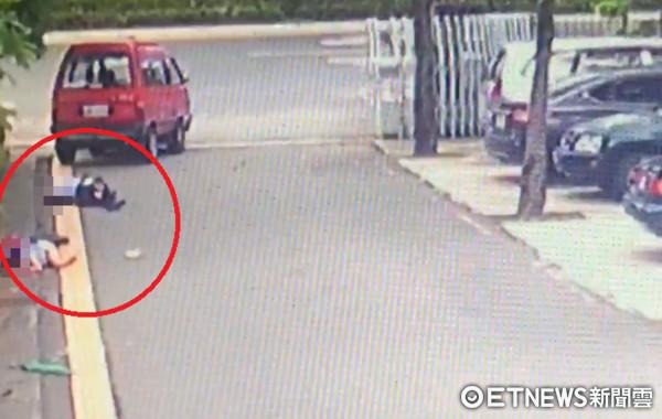 ▲涉嫌駕車追撞造成死一重傷的洪姓男子,被台南市警四分局警方逮捕。(圖/記者林煒傑翻攝)