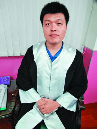 邵勇維原任高雄地檢署檢察官,2013年辭職轉任律師。(聯合知識庫)