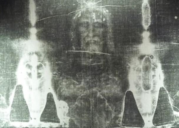 血跡浮現耶穌臉!學者證實「裹屍布死者」遭酷刑虐死 疑神人真跡(翻攝自維基百科)