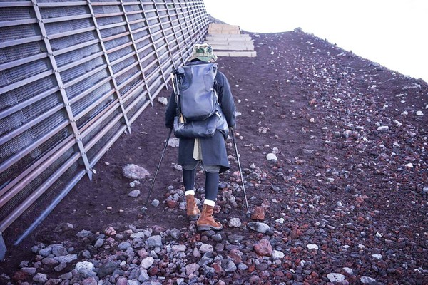 ▲▼登富士山。(圖/魔王的碗公臉書專頁、髮妝霓室臉書專頁提供)