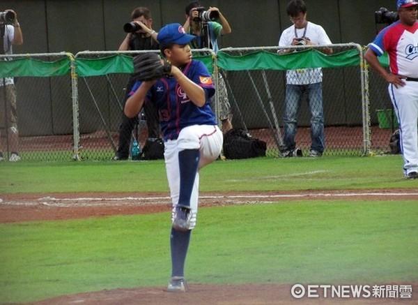 ▲2011首屆U12世界少棒賽,曾偉恩完投勝古巴中華隊奪冠。(圖/記者楊舒帆攝)