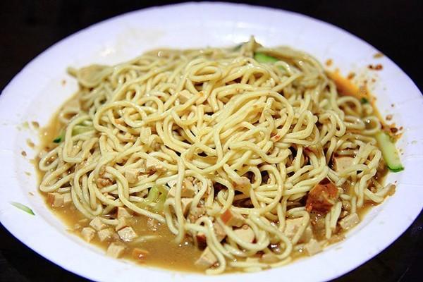 老陳涼麵 Cold Noodles。(圖/萍子)