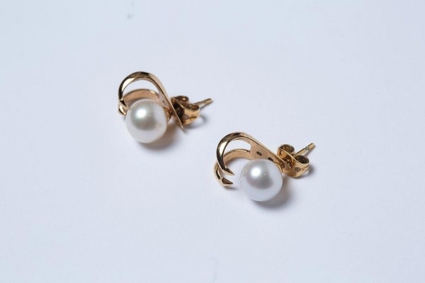 VITA FEDE珍珠耳環。約NT$10,000