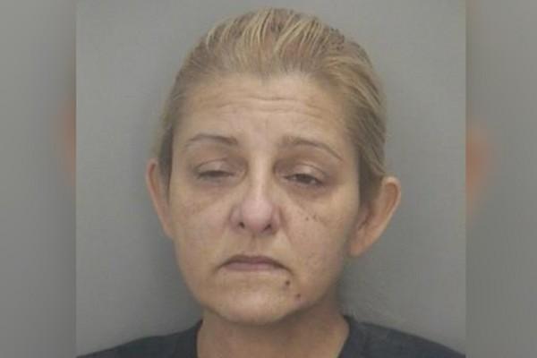 ▲▼49歲婦人騙走了916萬元。(圖/取自臉書Pembroke Pines Police Department)
