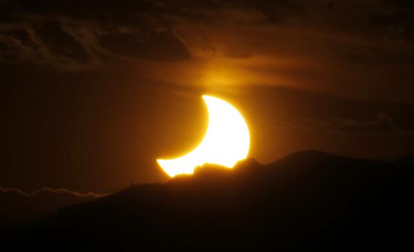 ▲日蝕。(圖/達志影像/美聯社)