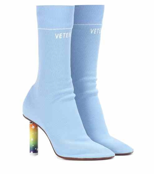 ▲Vestments襪子靴。(圖/翻攝Mytheresa.com)