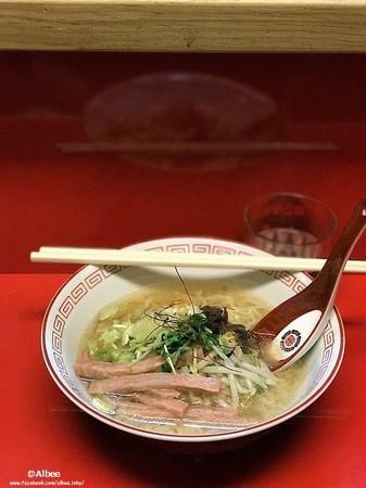 ▲ 台南日式復古拉麵。(圖/愛比妞提供)