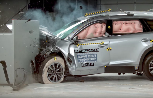 ▲屁孩車超狂!馬自達全車系拿最高安全評價 爽贏歐洲車(圖/翻攝自IIHS)