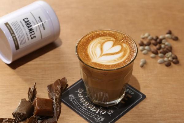 因為濃厚的茶韻,伊藤以阿里山咖啡豆萃取的濃縮液製成「Alisan Coffee Caramels阿里山咖啡焦糖」(300元/罐)