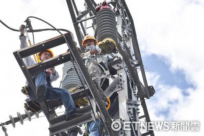 台電動員2200人搶修「根本無法輪班」 估23時前恢復全台供電