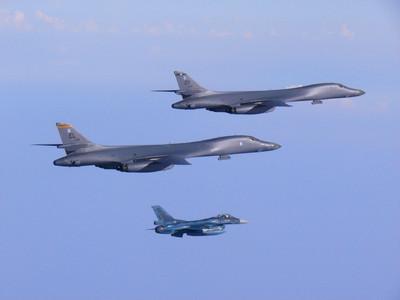 美軍派B-1B赴南韓狂砸MK-84!