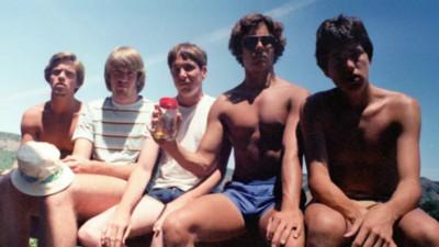 35年鐵打兄弟!加州5帥從腹肌鮮肉變「禿頭阿伯」