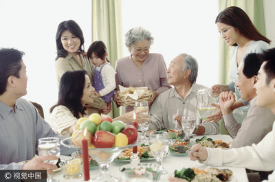 為什麼親戚愛八卦? 心理學有解