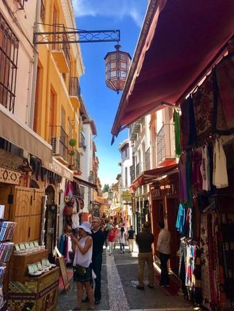 ▲西班牙格拉納達Granada。(圖/網友Yumi提供,請勿隨意翻拍,以免侵權。)
