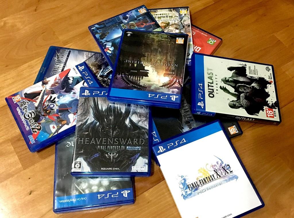 PS4遊戲片(圖/記者樓菀玲攝)