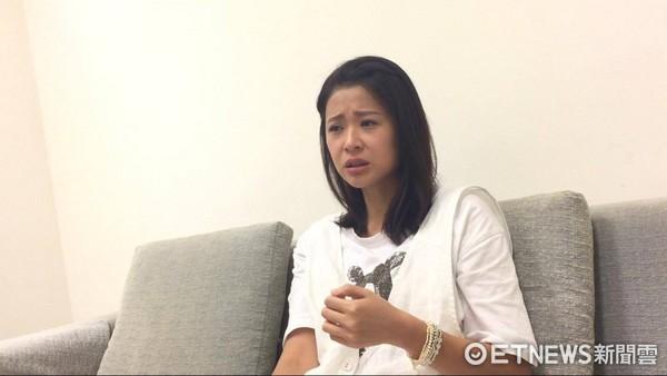 ▲李燕講到陳俊任導演,忍不住淚崩。(圖/記者林思妤攝)