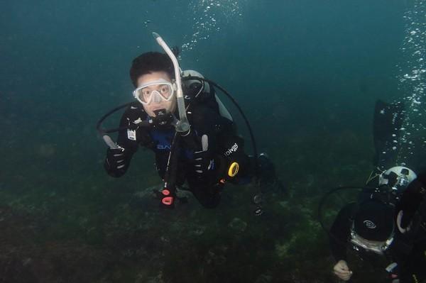 許孟哲潛水想到父親。(圖/取自許孟哲粉絲團)