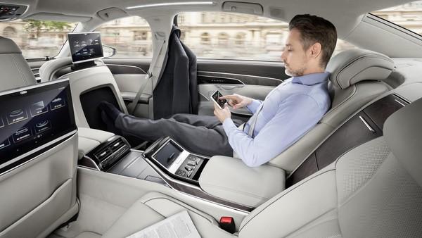 一張貼紙就成自動駕駛的「死當」殺手 美國學者發出警訊(圖/翻攝自Audi)