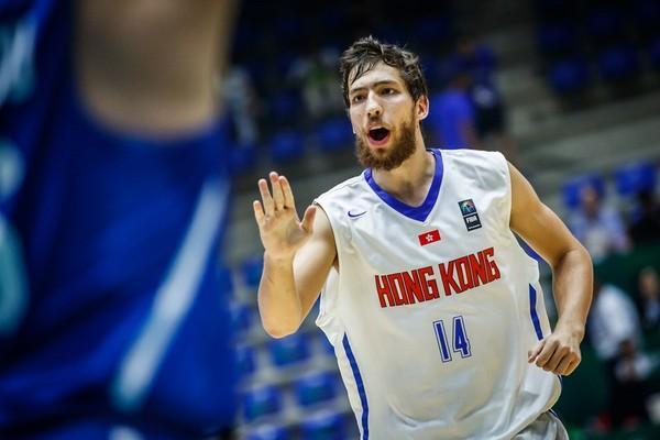 ▲周伯勳、香港惠龍兒。(圖/取自FIBA官網)