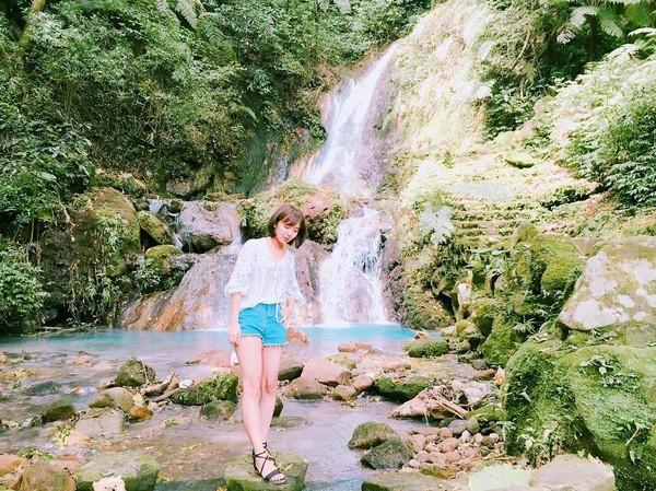 ▲藏身在陽明公園右側的「小隱潭瀑布」有乳白色的硫磺溪泉(圖/網友herarasun提供,請勿隨意翻拍,以免侵權。)