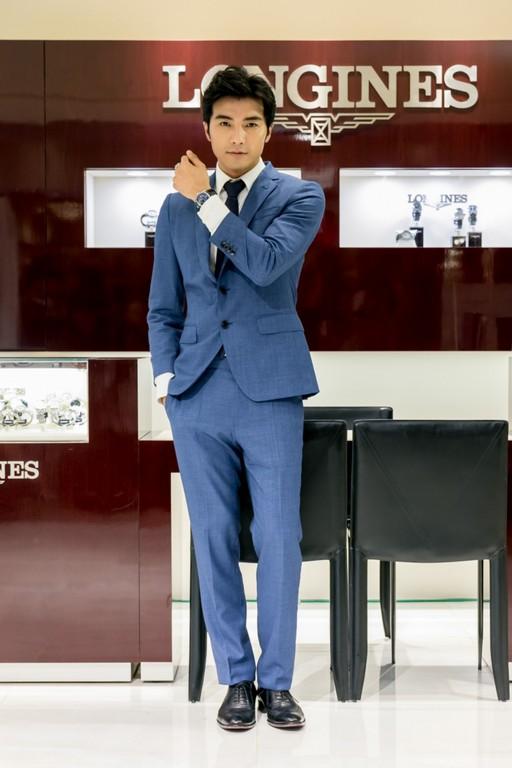 ▲賀軍翔出席浪琴表巨擘系列午夜藍腕錶活動(圖/品牌提供)