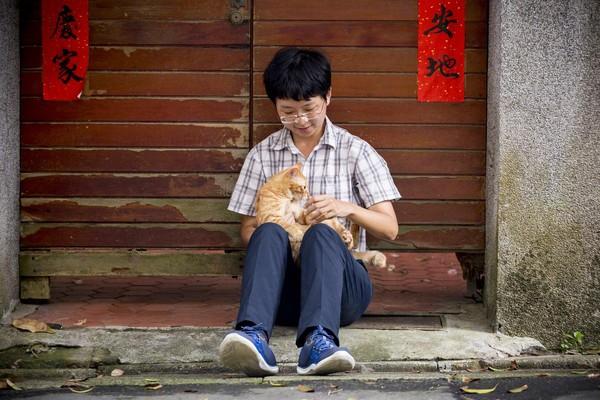 出生在愛貓家庭,他曾說:「我對貓比對人好,這是大家都知道的事。」