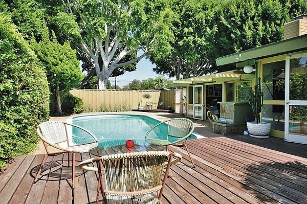 謝宗翰在美國加州等地總共持有7棟房產,每間都具特色,充滿濃濃的度假風。(謝宗翰提供)