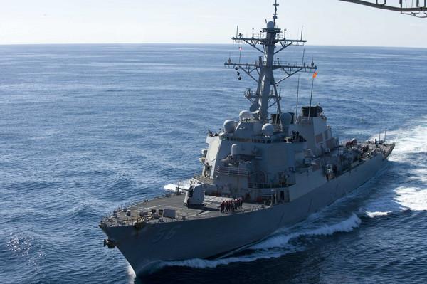 ▲▼美國海軍導彈驅逐艦「約翰·S·馬侃」號(USS John S. McCain)(圖/路透社)
